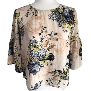 Anthropologie's W5 Floral Bell Sleeve Blouse Sz XS